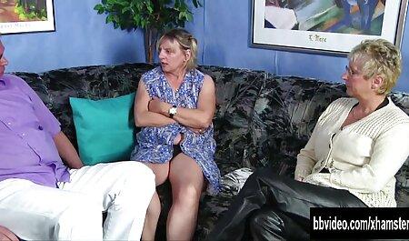 Une vidéo de Noël avec la cougar film de sexe amateur gratuit mature Jamie Foster